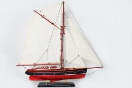 model-jachtu