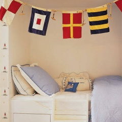 nautical-theme-rooms-02-lgn