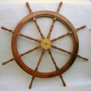 koło sterowe z drewna