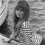 40-brigitte-bardot-stripes