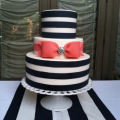 stripe-wedding-decor-ideas-1