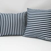 poduszka-w-marynarskie-pasy-mini