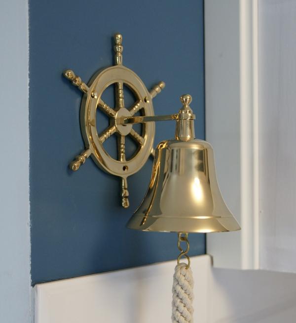 złote dodatki wnętrz - złoty dzwon